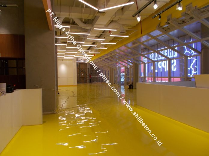 Cat lantai atau epoxy lantai