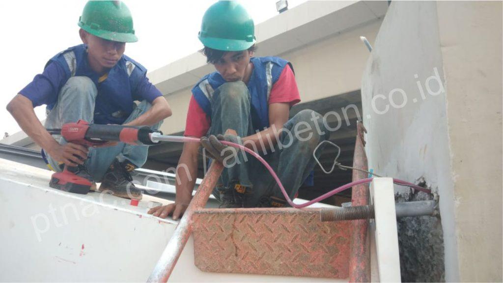 kontraktor chemical anchor