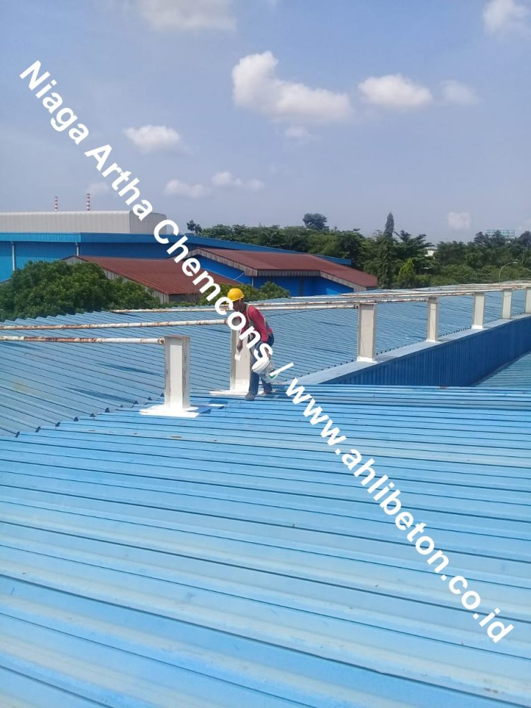 waterproofing pada atap spandek