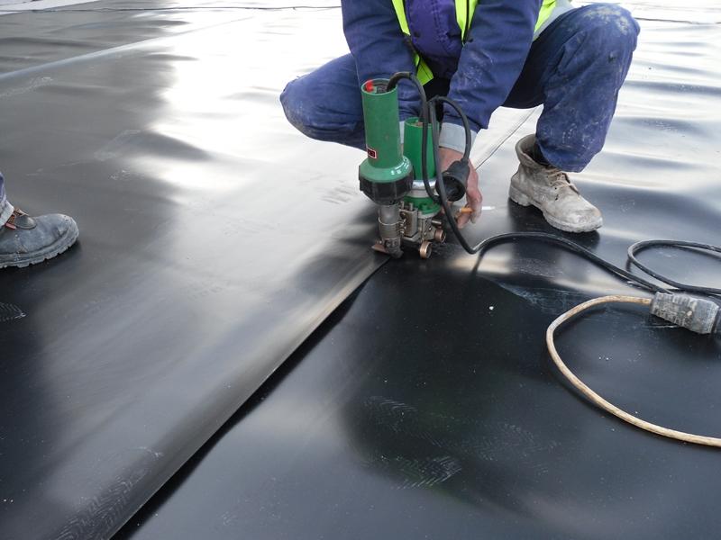 Pemasangan Waterproofing Membrane PVC