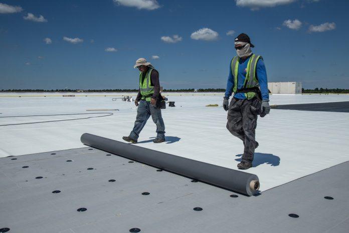Aplikasi Waterproofing Membrane PVC