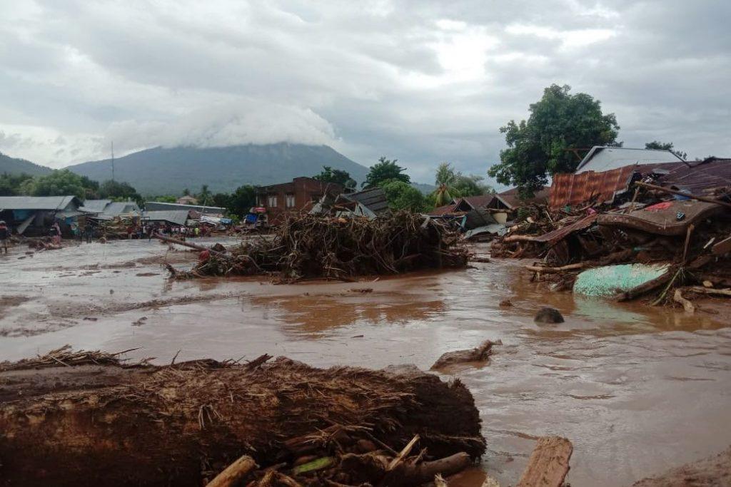 Bencana Tanah Longsor NTT